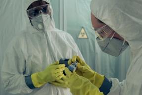 FDA授予对N95防毒口罩消毒的系统紧急授权以供再次使用